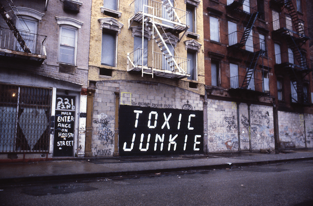 Cash For Clunkers >> Research Archive » Blog Archive » Toxic Junkie